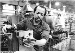 Kubanische Gastarbeiter in Wittenberg© Bundesarchiv, Bild 183-1985-0314-004 / CC-BY-SA